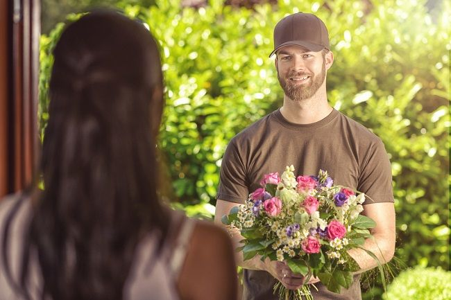 Online Flower Delivery Services: Easier Process to Express Your Feeling
