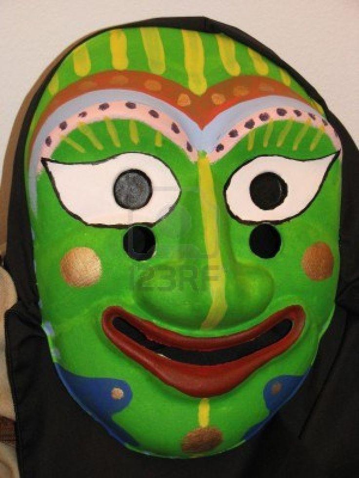 Coreano tradicional máscara en color verde