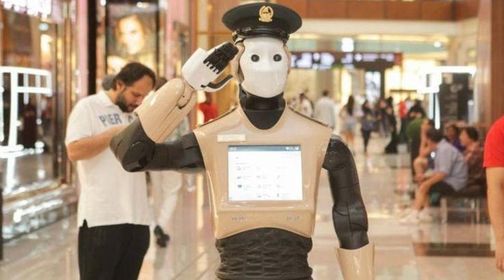 Ρομπότ αστυνομικός κάνει περιπολίες στο Ντουμπάι
