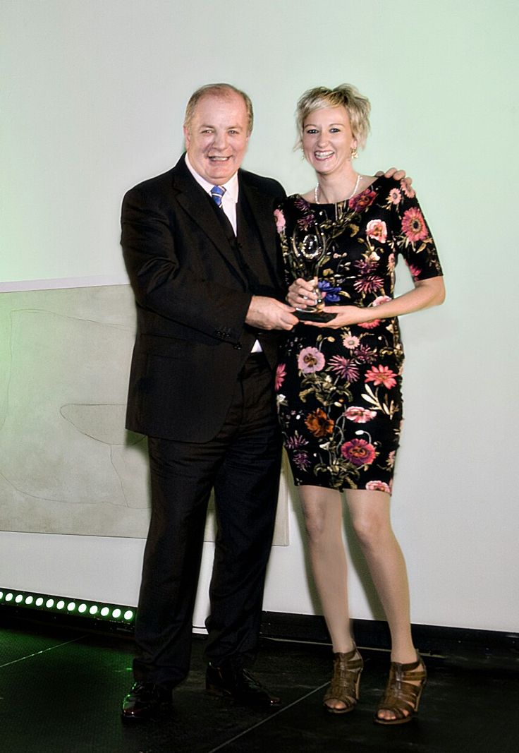 Niamh being presented with BOI Start up award by Gavin Duffy