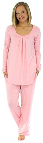PajamaMania Women's Sleepwear Long Sleeve Pajama Set (PMR1912-2022-MED):   Lightweight and wrinkle-free, this relaxed-fitting pajama set from PajamaMania is luxuriously soft and provides tag free comfort. Sizing information: XS (2-4), S (6-8), M (10-12), L (14-16), XL (18-20); if between sizes, choose smaller size/p