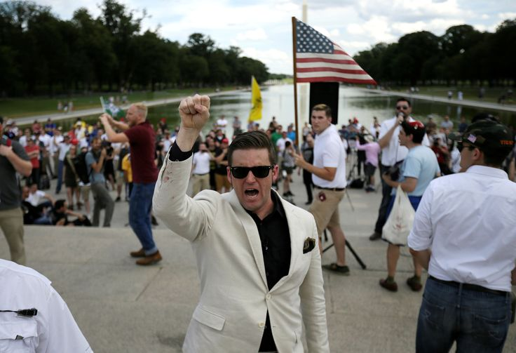 Alt-Right Rally to Protest Celebrities 'Joking' About Violence Against Trump Draws Small Crowd