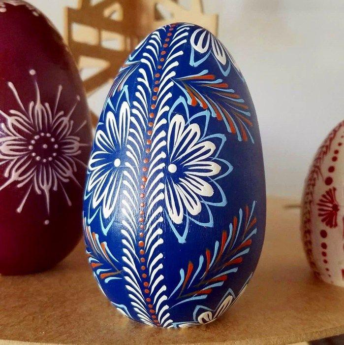 Huevos Pysanky 2, los tradicionales huevos de Ucrania. Artesanía mexicana, artesanía, artesana, huevos tallados, botellas decoradas, botellas pintadas, puntillismo, hecho a mano, handmade, diseños únicos, joyería de diseñador, joyería artesanal, hecho en México, productos exclusivos, piezas exclusivas, pintado a mano, decorado a mano