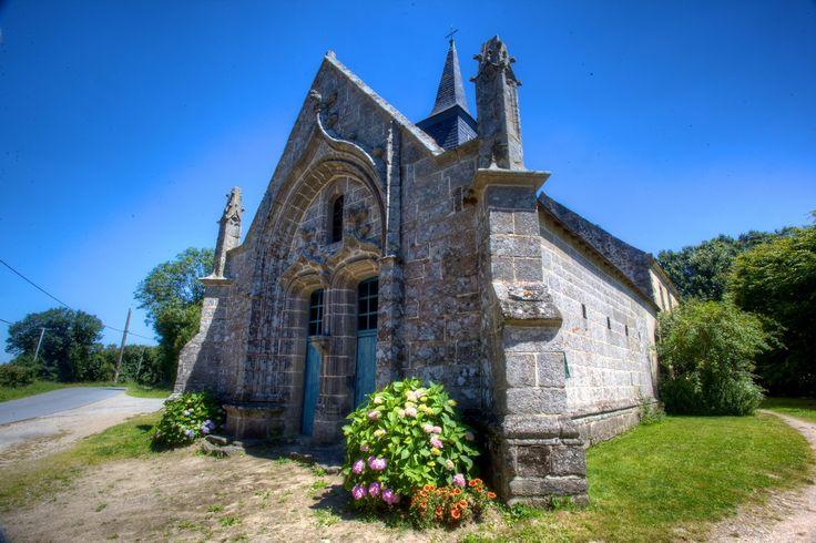 Chapelle de Brouël à Ambon dans le Morbihan (Bretagne)