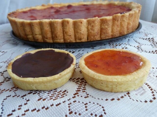 The sweet and tangy lemon tart with chocolate and strawberry jam topping. Yum!
