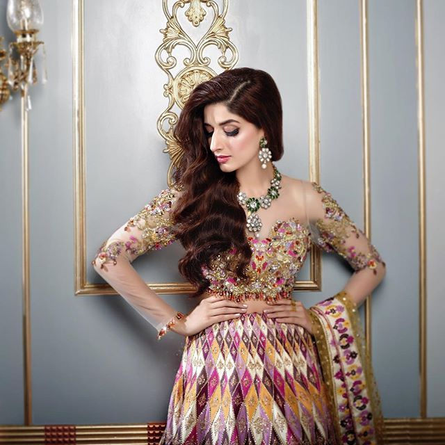 Dress 2018 pakistani images actress