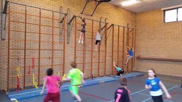 """""""Vier op een rij! #onderwijs #gym https://t.co/HiDB79YBE4"""""""