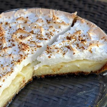 Flapper Pie- The Lost Prairie Pie Recipe - ZipList This Pie is absolutely the Best....<3 an Alberta, Canada..all time Go to ...Pie... Our favourite...<3