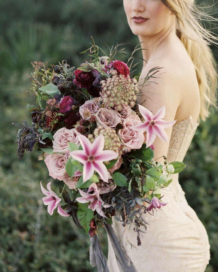 Opulent and Romantic Wedding Ideas by Jennifer Pharr | Wedding Sparrow | wedding blog