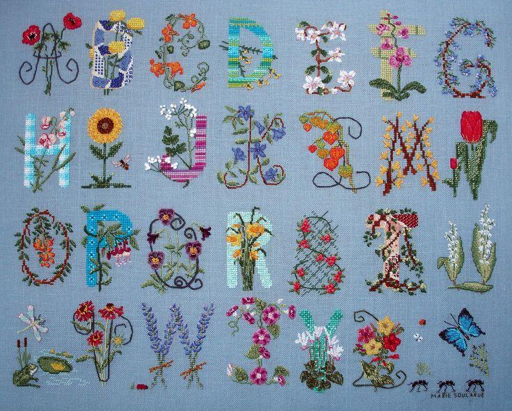 Marie Soularue: My embroideries.: Alphabetdiy Decoration, Embroidered Alphabet, Decoration Idea, Alphabet Letters, Crafts Idea, Mary Soularu, Alphabetdiy Fashion, Yolanda Tascon, Embroidered Flower