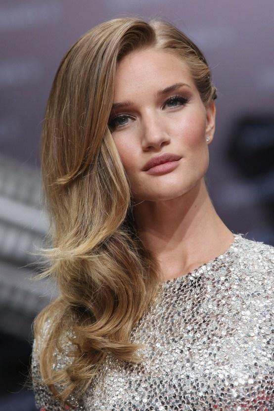 25+ best One side hairstyles ideas on Pinterest | Side hairstyles,  Bridesmaid side hairstyles and One side hair - 25+ Best One Side Hairstyles Ideas On Pinterest Side Hairstyles