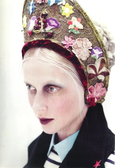 perhaps I should get in touch with my roots and start sporting some great new head gear :)