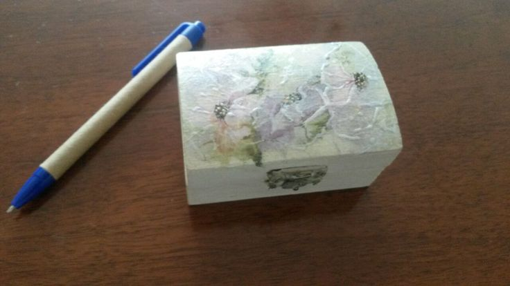 Gift Box Laura- handmade Copyright @ Laura Ciocoiu