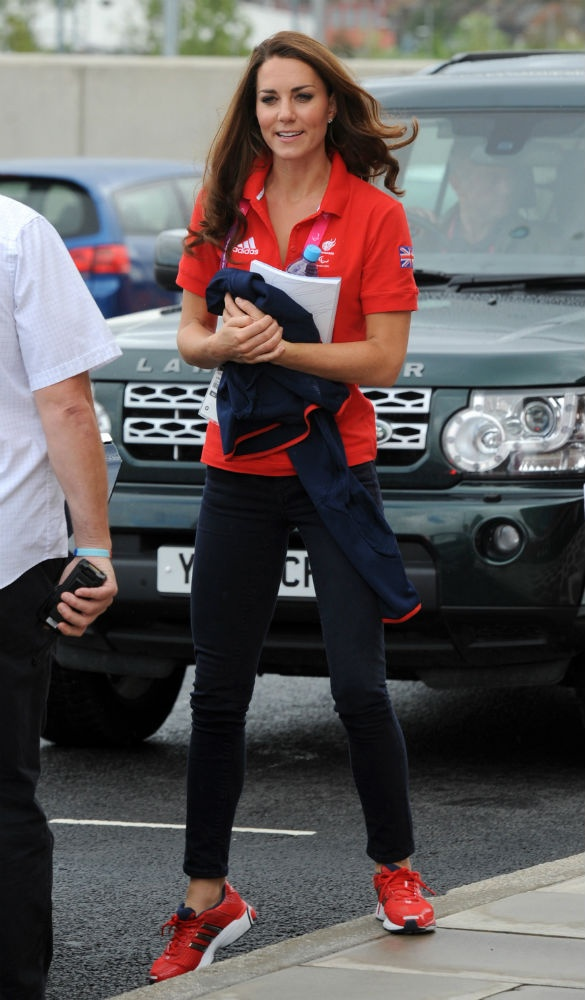 Kate's Olympic ~ LOOKS SO CUTE IN THIS OUTFIT ~