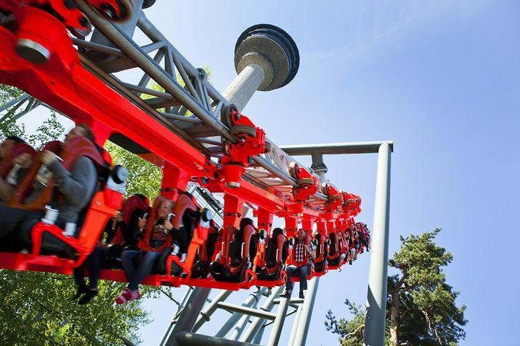 Hurjista hurjin, Tornado-vuoristorata, pistää pään pyörälle ja tukan putkelle. The wildest ride of all, the Tornado rollercoaster, makes your head spin and messes your hair  @ Särkänniemi Adventure Park, Tampere Finland, #sarkanniemi