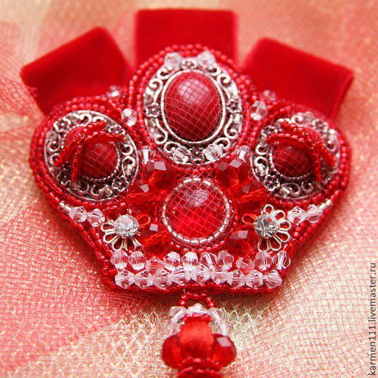 Купить или заказать Брошь-кулон-корона 'Красная королева