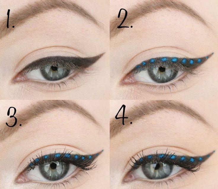 trait d'eye-liner épais et pois bleus pour un effet piquant