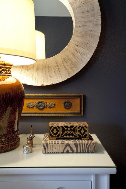 love the box contemporary bedroom by Domicile Interior Design