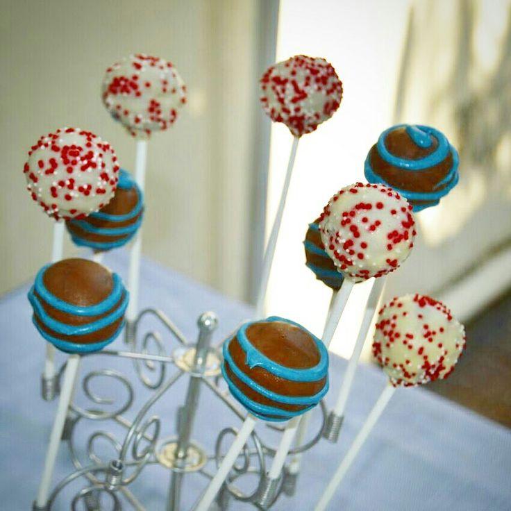 Nautical cakepops