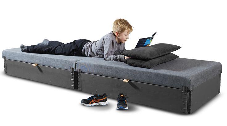 Flex-sofa af palleramme ideel til børne-/ungdomsværelset eller som gæsteseng. Se mere på www.mystack.dk