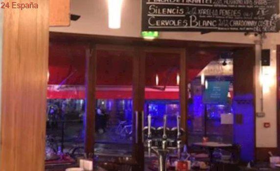 En vídeo, un español graba desde un restaurante el tiroteo entre la Policía de Londres y los atacantes