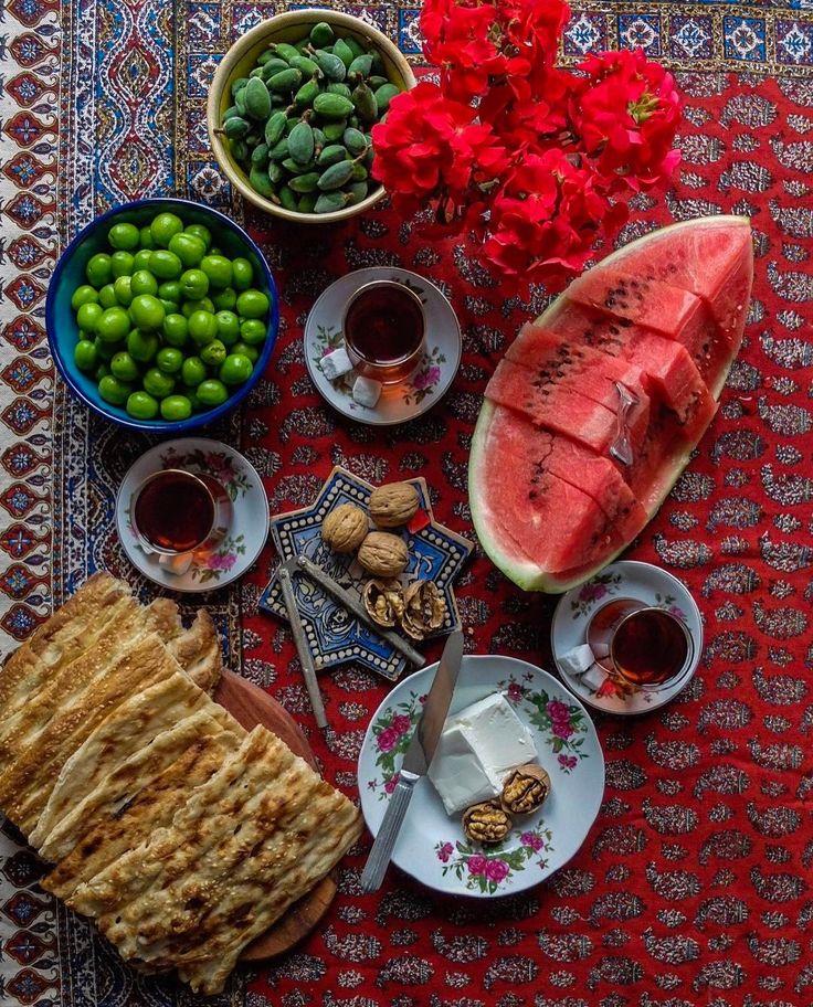 "8,180 Likes, 96 Comments - ⠀⠀⠀ ⠀⠀⠀⠀⠀⠀ ⠀⠀⠀⠀⠀⠀⠀⠀Faridah (@faridah88) on Instagram: ""Yummy Souvenirs from Iran! Thanks @anaarcatering ❤️ . . . ياد عصر هاى تابستون، توى خونه ى مادر…"""