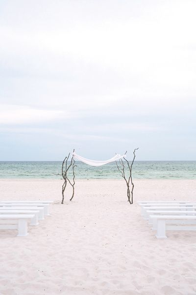 beautiful + simple beach ceremony | Vue Photography #wedding