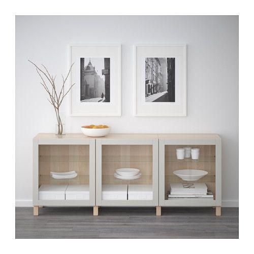 BESTÅ Oppbevaring med dører - hvitbeiset eikemønster/Sindvik lys grå klart glass - IKEA