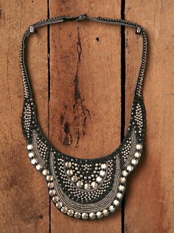 leather beaded bib necklace.... I think I might like to try something like this in felt.