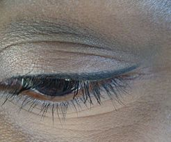 Make Your Own All Natural Eyeliner - no more store bought chemically laden make-up for me. eyeliner is the first step. next is eyeshadow, then foundation. i'm sick of seeing parabens and other chemicals listed (and knowing tons are NOT listed) on the things I put on/near my body. not cool, Corporate America. Not cool.