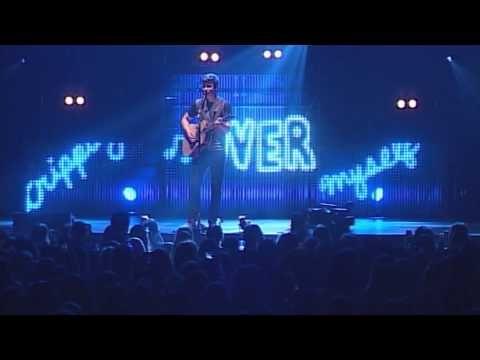 "Shawn Mendes - ""Stitches"" (Live @ Mohegan Sun Arena) - YouTube"