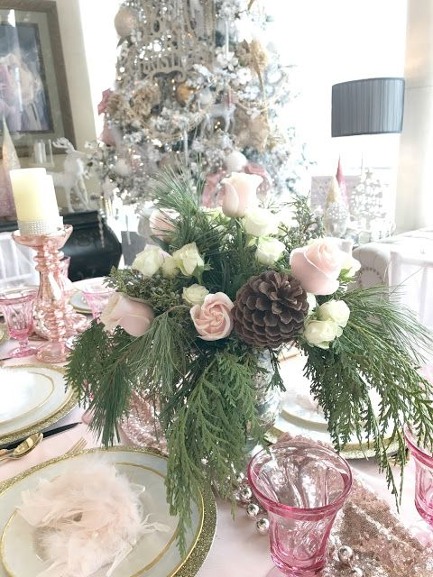 Blushing Christmas Eve Table Purple Chocolat Home Event Planning Christmas Table Decorations Pink Christmas Christmas Flower Arrangements