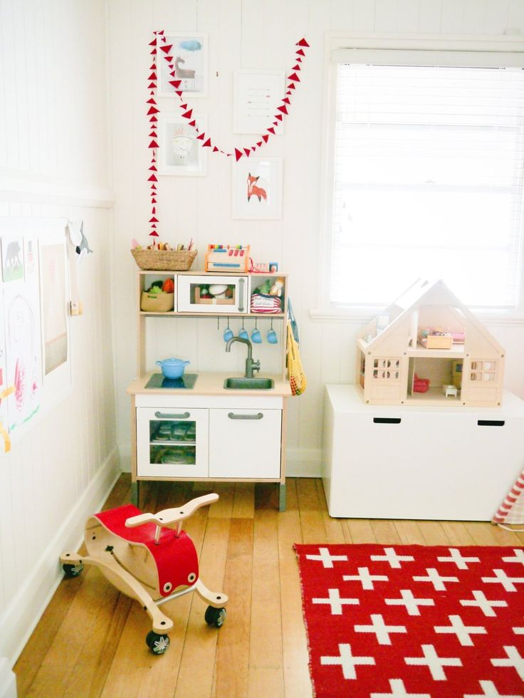 24 best images about kids playroom on pinterest table for Bedroom inspiration apartment therapy