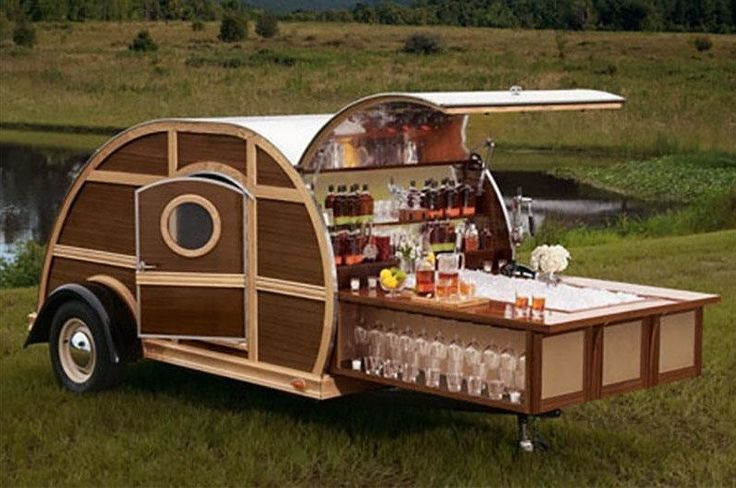 Class up your tailgate with some of the most luxurious tailgating gear around.