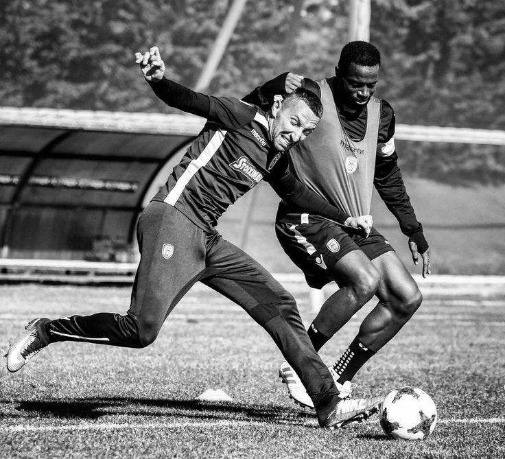 Fight like there's no tomorrow #DareToDream #TheBeast #TheRunner #PAOK #football #training