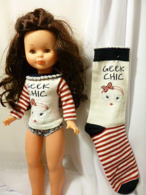Como mis amigas de facebookinsistíantanto he preparado este tutorialexprés   para enseñaros como hacer un jersey de muñeca con uncalc...