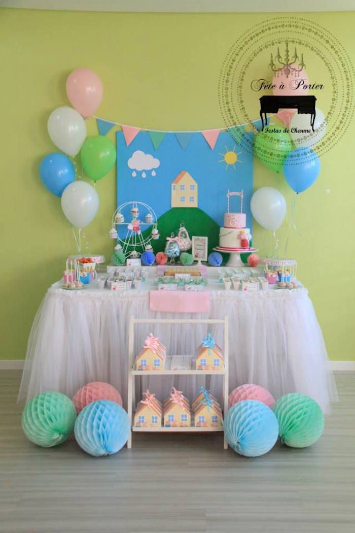Peppa Pig Themed Birthday Party via Kara's Party Ideas KarasPartyIdeas.com The Place for ALL Things Party! #peppapig #peppapigparty #peppapigpartyideas (12)