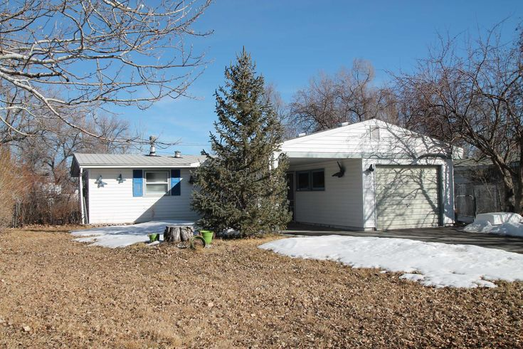 This home at 505 N 15th St E sits on an oversized lot with a great backyard. Inside you'll find plenty of updates, including an updated bathroom! Call Wind River Realty at 307-856-3999 for more details!