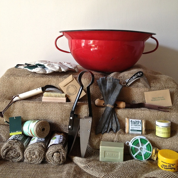 Enamel bowl gentleman gardener hamper. Soon to be launched! www.thecleverhampercompany.co.uk