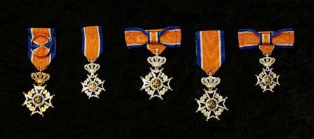 De jaarlijkse Lintjesregen begon eerst in 1892, toen de Orde van Oranje Nassau werd ingesteld