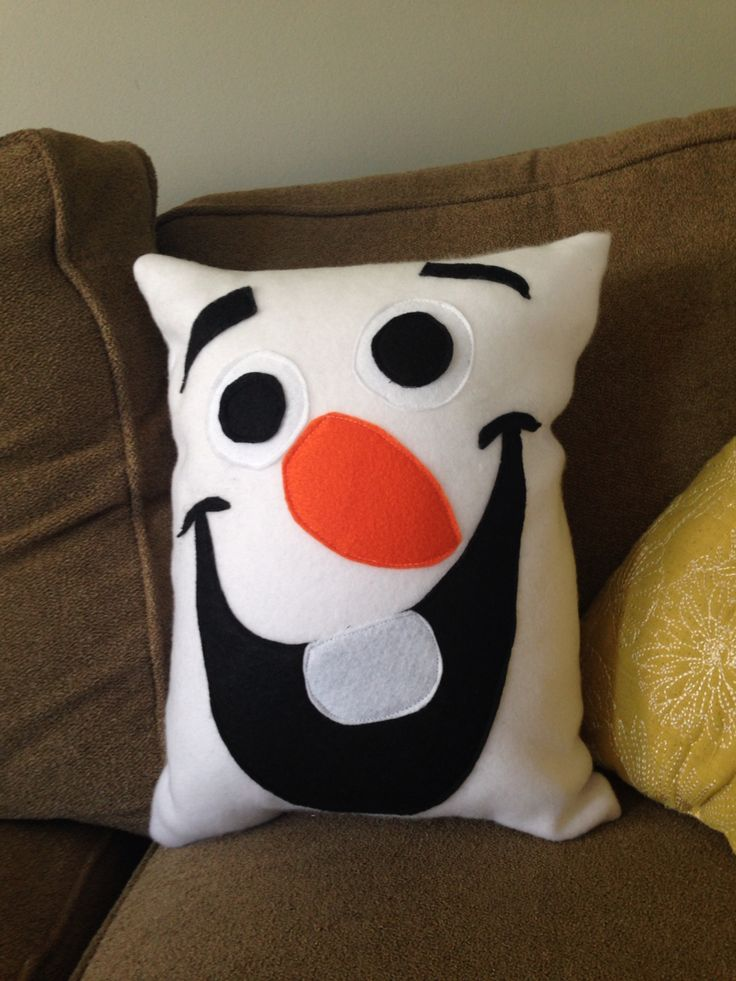 Cute Olaf Pillow : 685 Best images about Pillows on Pinterest Patchwork cushion, Quilt and Cute pillows