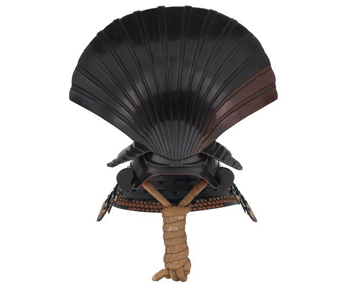 Elaborate shell-shaped helmet (ōitaragainari kawari kabuto), Early Edo period, 17th century; Iron, lacing, papier-mâché. Samurai Exhibit, Ann and Gabriel Barbier-Mueller Collection