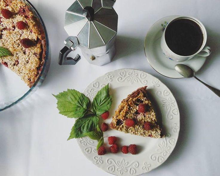Healthy and delicious raspberry cake #healthy #sugarfree #glutenfree #vegan #recipe #cake #ciasto #przepisy #wegańskie #zdrowe