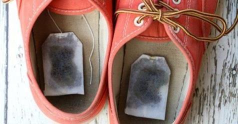 Keď zistíte, prečo si dala čajové vrecúška do topánok, urobíte to isté! | Báječný život