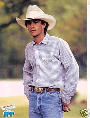 LUKE PERRY pinup - Cute in cowboy hat! 8 SECONDS - ZTAMS