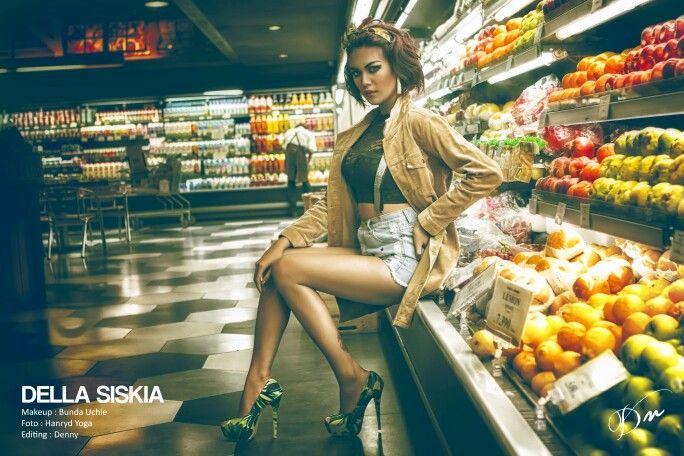 Model : Della Photo by @cepex_1979 Retouch by @dee0612
