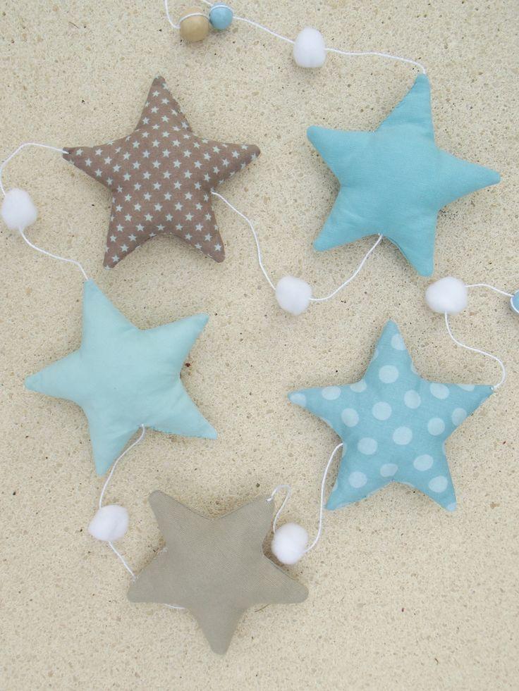 """Guirlande """"Mes belles étoiles"""" bleu, taupe et écru, fait-main *Livraison offerte* : Accessoires de maison par floriane-s"""