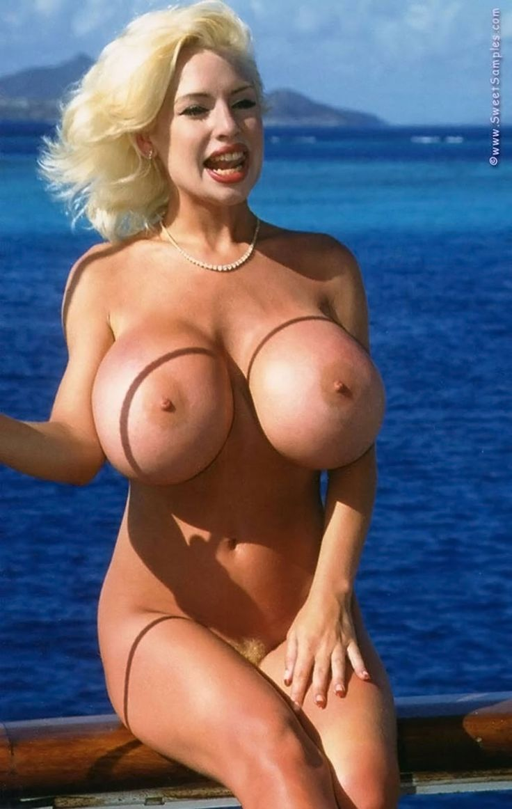 Women with super huge topless tits pics