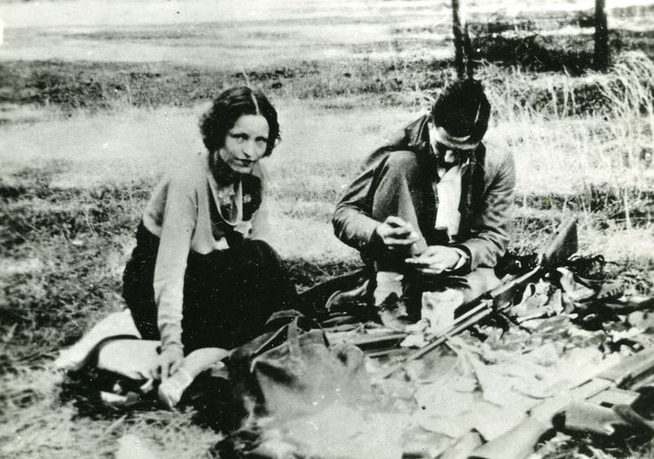 Bonnie Parker Autopsy | bonnie was born in rowena texas the second of three