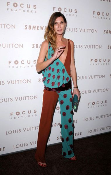 Awesome Bad Celebrity Fashion 2010 Erin Wasson She Wore What Hairstyles For Women Draintrainus